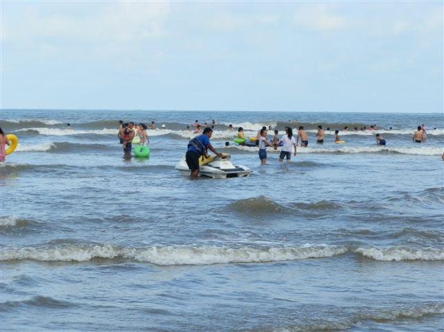 蓝天碧海金沙滩,面朝大海看蓝天