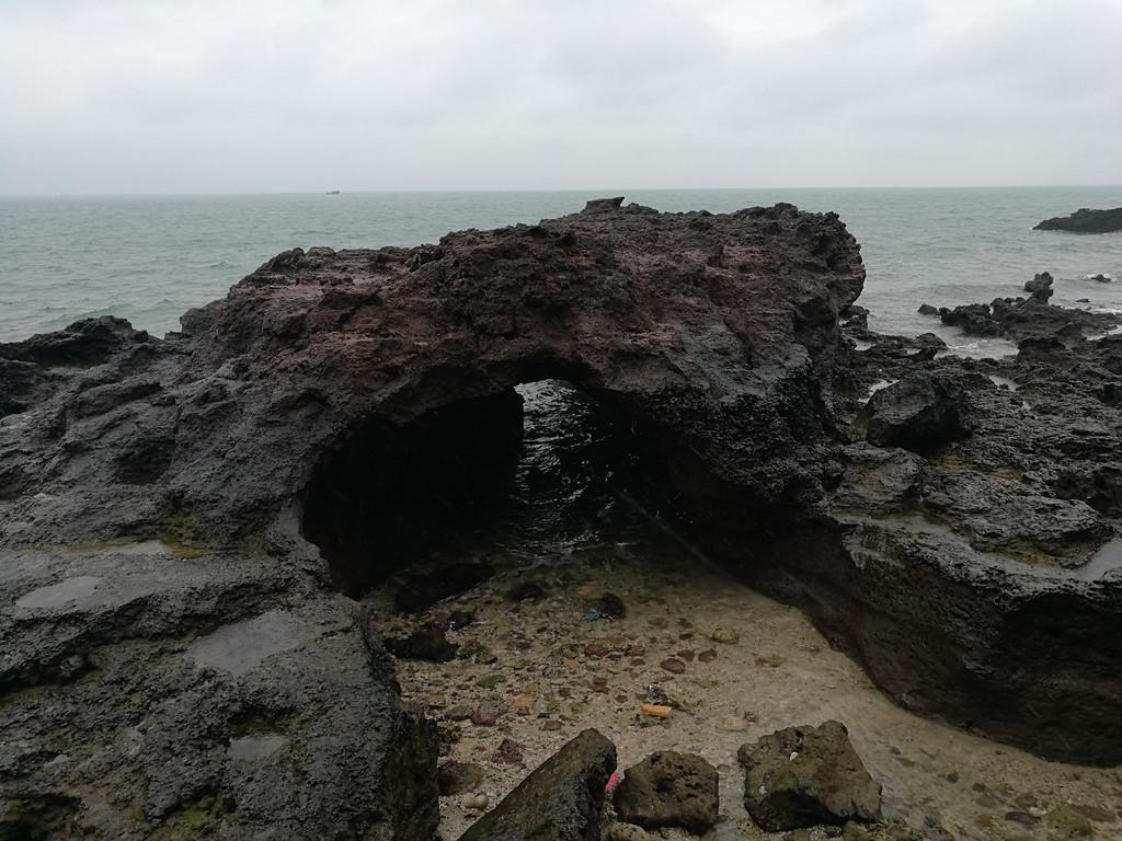 海枯石烂,风太大了不想前行了,走到这就直接上坡出去了.