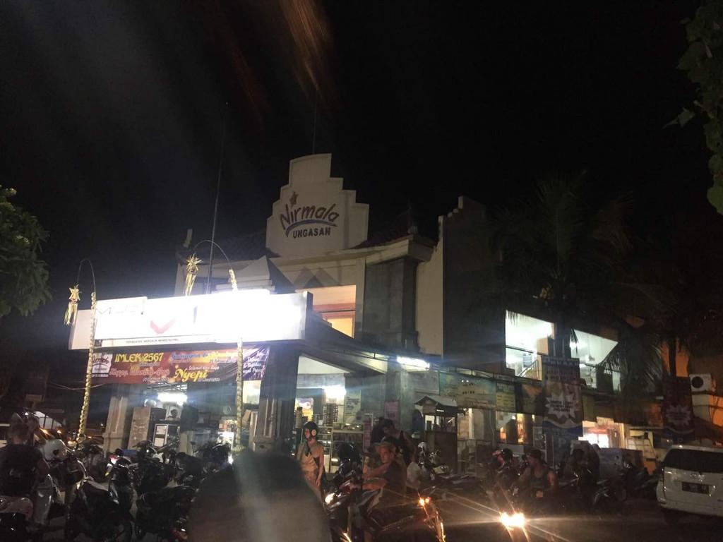夜市巴厘岛