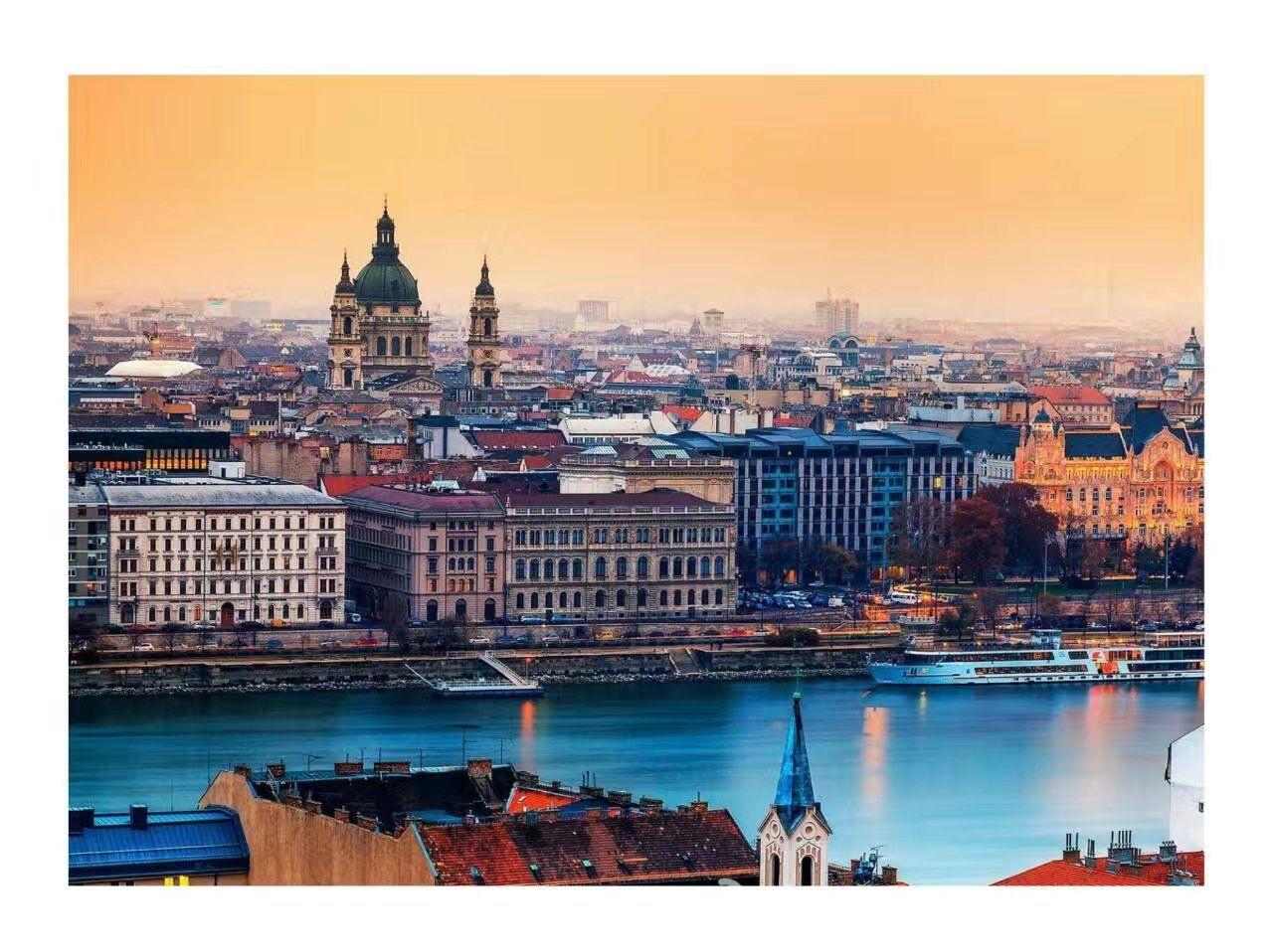 布达佩斯喜剧剧院  Comedy Theatre of Budapest   -1