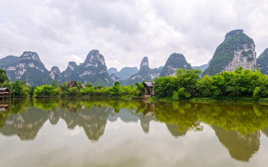广西之西: 陶醉于崇左,靖西的青山绿水:明仕田园, 德天瀑布,旧州,鹅泉