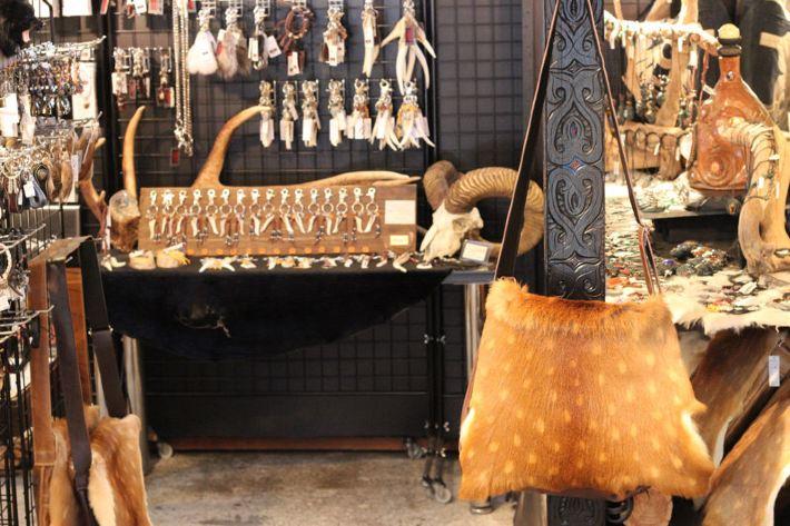 古时候动物骨头项链成串的