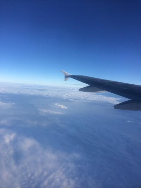 飞机终于安全抵达三亚凤凰机场