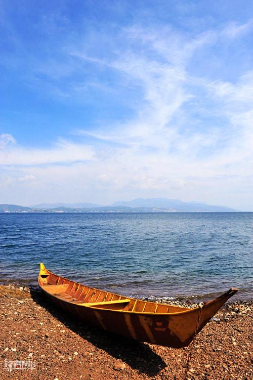 面对大海,春暖花开,云南最美的高原湖泊之一抚仙湖