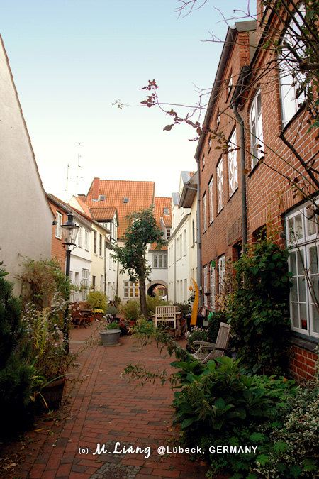 【德国】吕贝克:街角的小巷风景