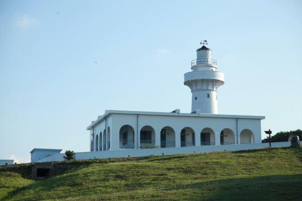 一座高高耸立的灯塔