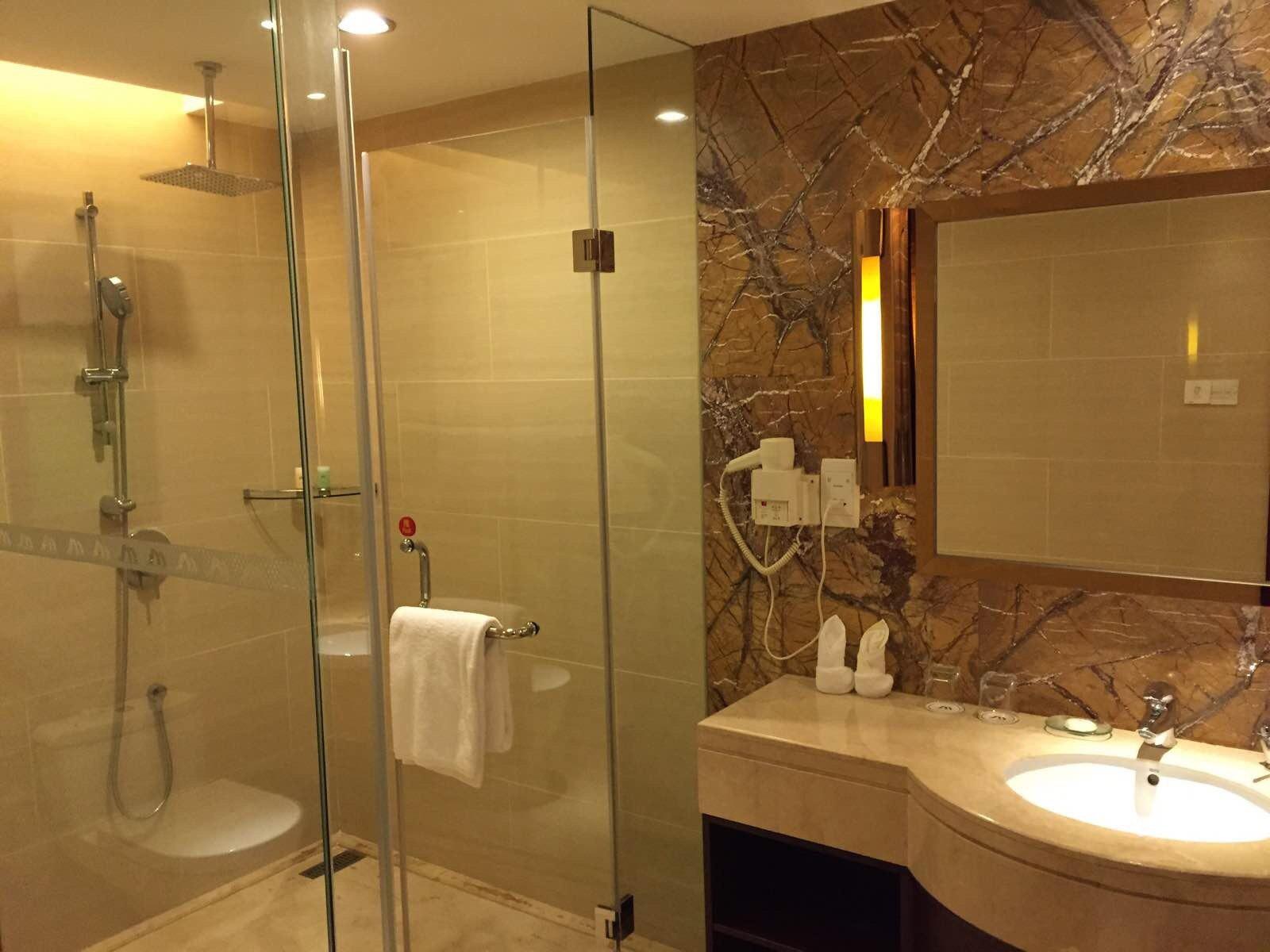 厕所 家居 设计 卫生间 卫生间装修 装修 1600_1200