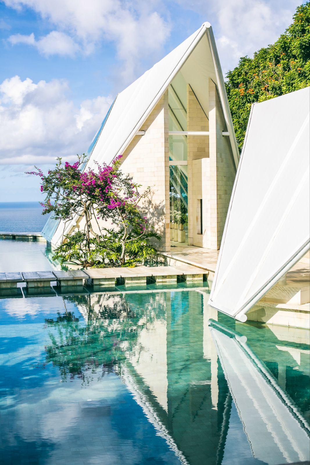 灰姑娘の玻璃教堂-巴厘岛