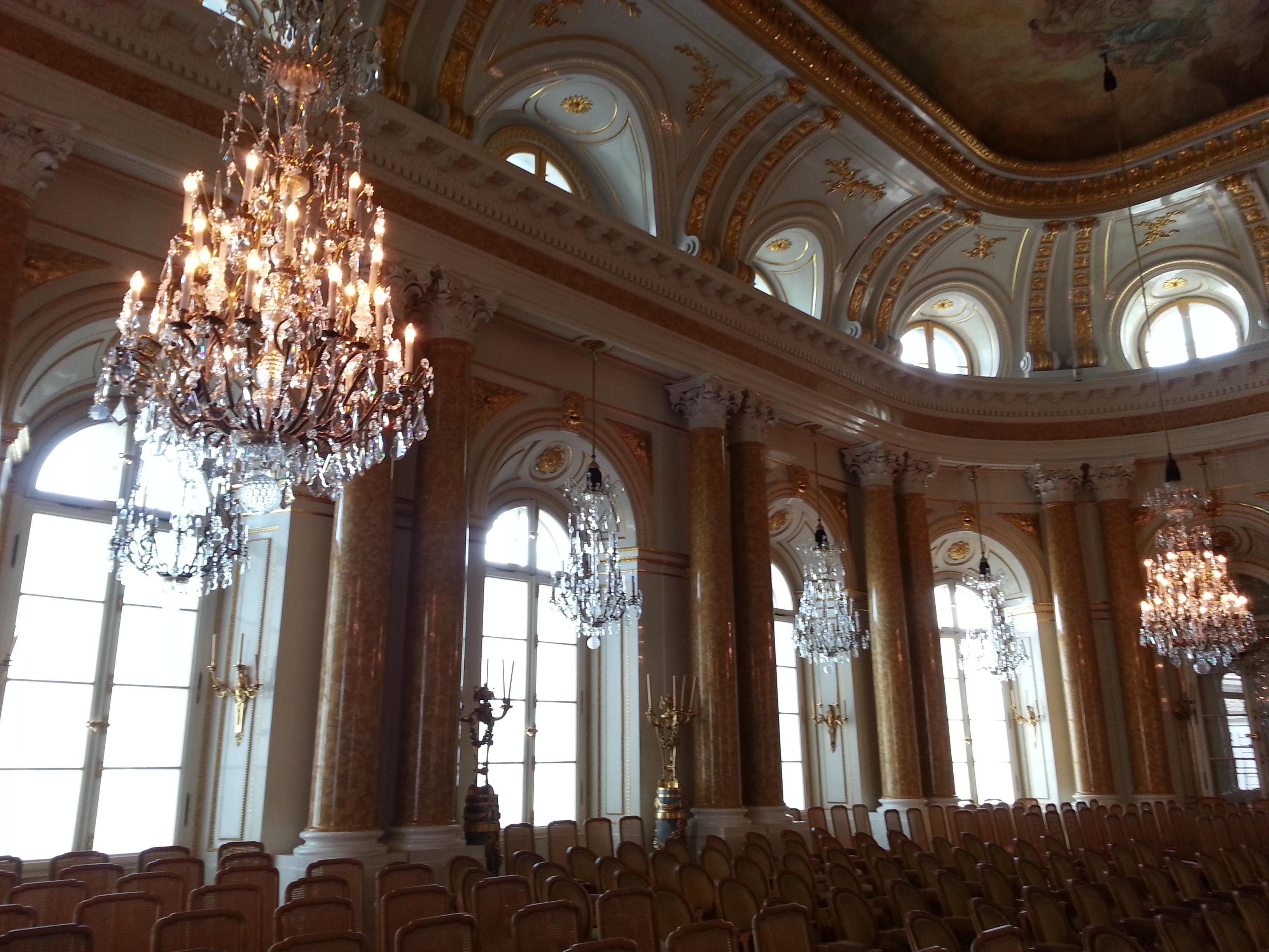 今日主要是进皇宫的内部博物馆图片