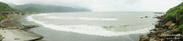 下雨的时候,千万,千万,千万,千万不要去看海!海水浑浊到没法看.