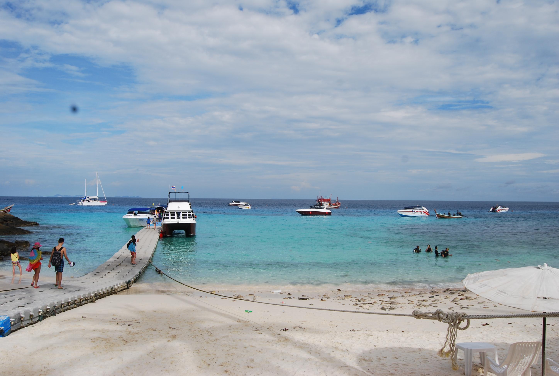 皇帝岛一日游 白沙滩,( ^_^ )/~~拜拜 皇帝岛一日游 普吉岛基本就是