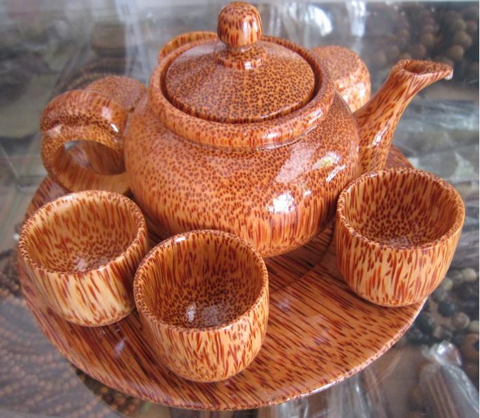 越南的木雕工艺品久负盛名