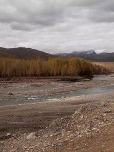 傍河与色拉-稻城-脚步丈量天涯的人