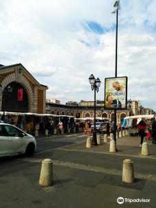 Place du Marche Notre-Dame -凡尔赛