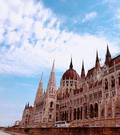 布达佩斯游记图文-我就站在布拉格黄昏的广场-夏日东欧三城记