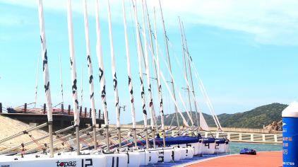 亚龙湾游艇租赁出海(亚龙湾游艇会码头)