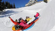 铁力士山雪地体验乐园