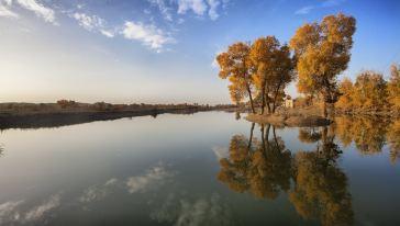库尔勒-罗布人村寨