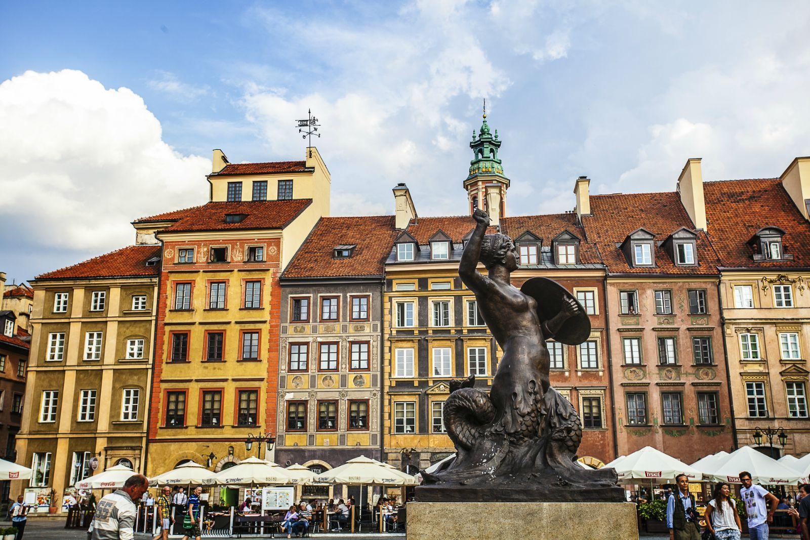 波兰华沙_波兰首都华沙是座古老而又年轻的城市,说它古老,是因为它已有700多
