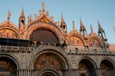圣马可广场-威尼斯-伊谢尔伦日记