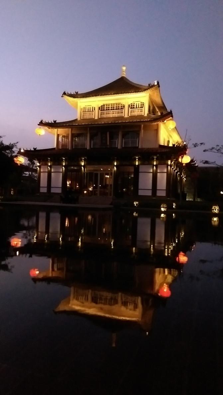 皇家园林的布局特点:以颐和园为例