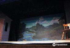 Pinecone Playhouse at Mack's Inn Resort-艾兰帕克