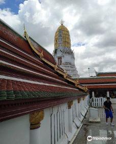 Phra Si Ratana Temple (Wat Yai)-彭世洛